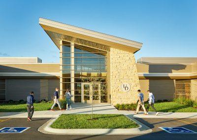 UD Aviation Center